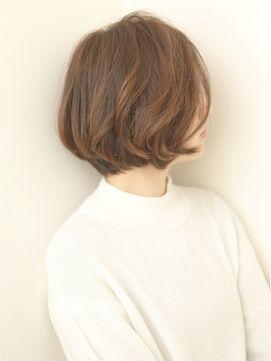 シルエットのキレイな前下がり大人ショート福岡大名Kchiara瀧本 - 24時間いつでもWEB予約OK!ヘアスタイル10万点以上掲載!お気に入りの髪型、人気のヘアスタイルを探すならKirei Style[キレイスタイル]で。