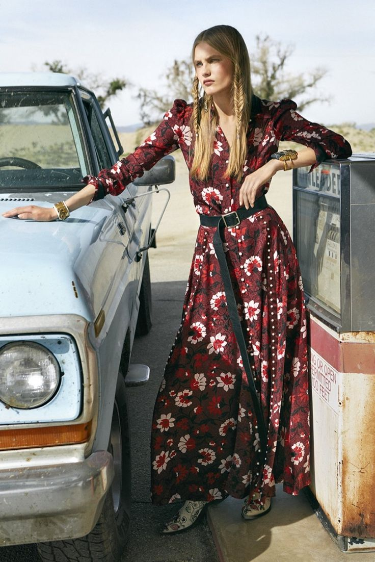 Aneta Pajak graces the pages of Harper's Bazaar Australia's September 2017 issue. Posing in a desert setting, the Polish beauty wears statement looks from the fall collections. Photographed by Max Doyle and styled by Naomi Smith, Aneta charms in the designs of Coach, Prada, Alexander McQueen and more. From embroidered gowns to faux fur coats,...[Read More]