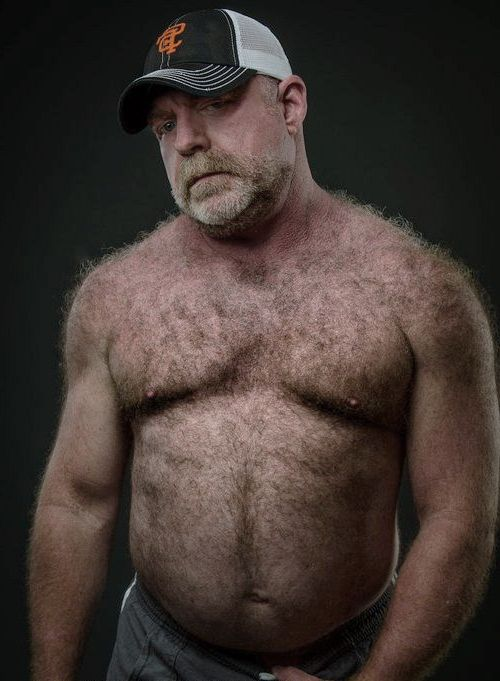 Oso peludo colgado whtie hombres