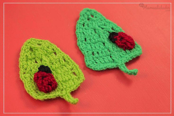 Patrón de hoja en crochet con mariquita