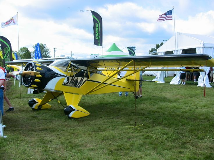 Kitfox Super Sport, Kitfox Rotec Radial engine installation, Kitfox Super Sport experimental lightsport aircraft, Light Sport Aircraft Pilot News newsmagazine. Would look great in red. Fly fishing guide? Floats...