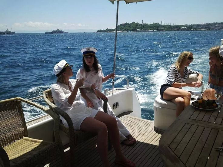 Istanbul Life Organisation Vip Rent a Car Service,We invite you to cruise the beautiful blue waters of the Bosphorus river on a luxury charter yacht for your next special event or celebration. Whether you are looking for a yacht cruise for a corporate event, wedding, family reunion, or private party
