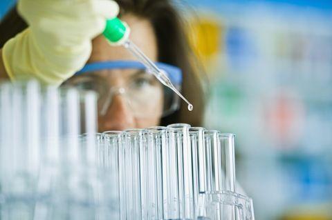 PBS NewsHour looks at Why Engineering, Science Gender Gap Persists: Stem Education, Foren Science, Las Subvencion, Science Laboratory, En Uygun, Forensic Science, Computers Science, Encouragement Girls, In The