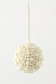 Pearl kissing ballIdeas, Styrofoam Ball, Birthday Parties, Pearls Ornaments, Christmas Decor, Christmas Ornaments, Christmas Trees, Glue Pearls, Winter Birthday