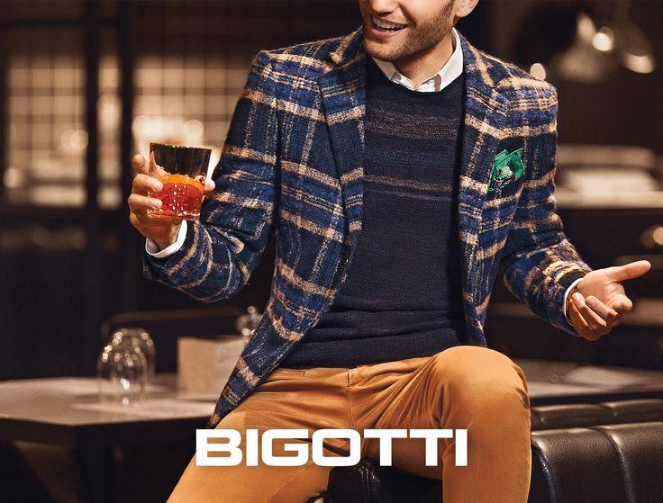 #Autumn #essential: the #plaid #blazer www.bigotti.ro #mensfashion #moda #barbati #sacouri #carouri #checks #inspiration #ootdmen