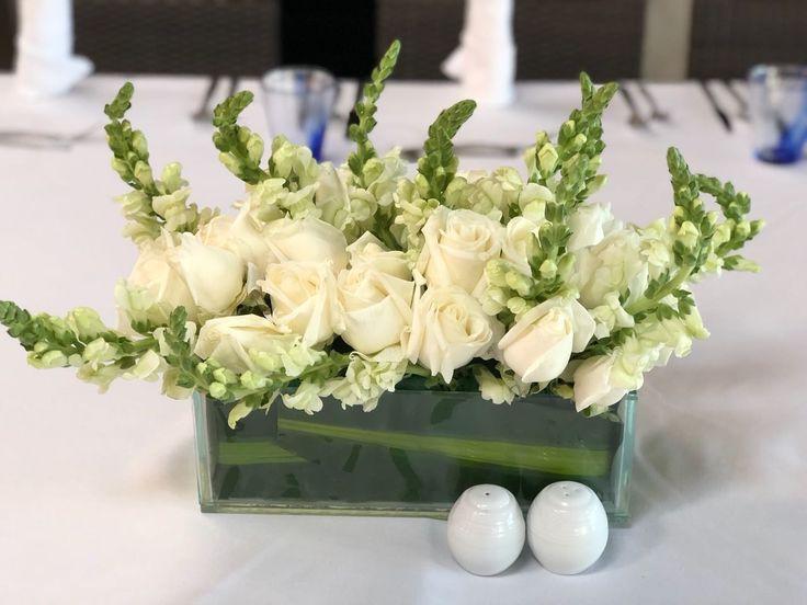 CBC447 wedding Riviera Maya white flowers centerpieces/ centro de mesa con flores blancas