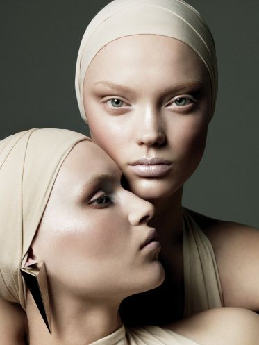 Makeup  photo - Daniel Jackson