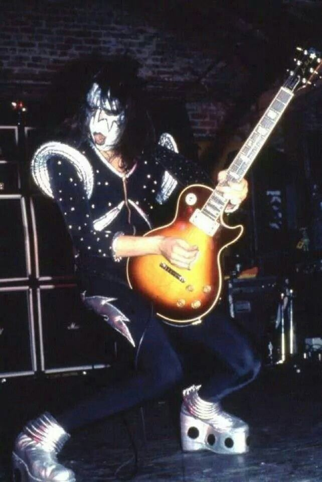 728 best images about seventies kiss on pinterest peter criss photos of kiss and dressed to kill. Black Bedroom Furniture Sets. Home Design Ideas