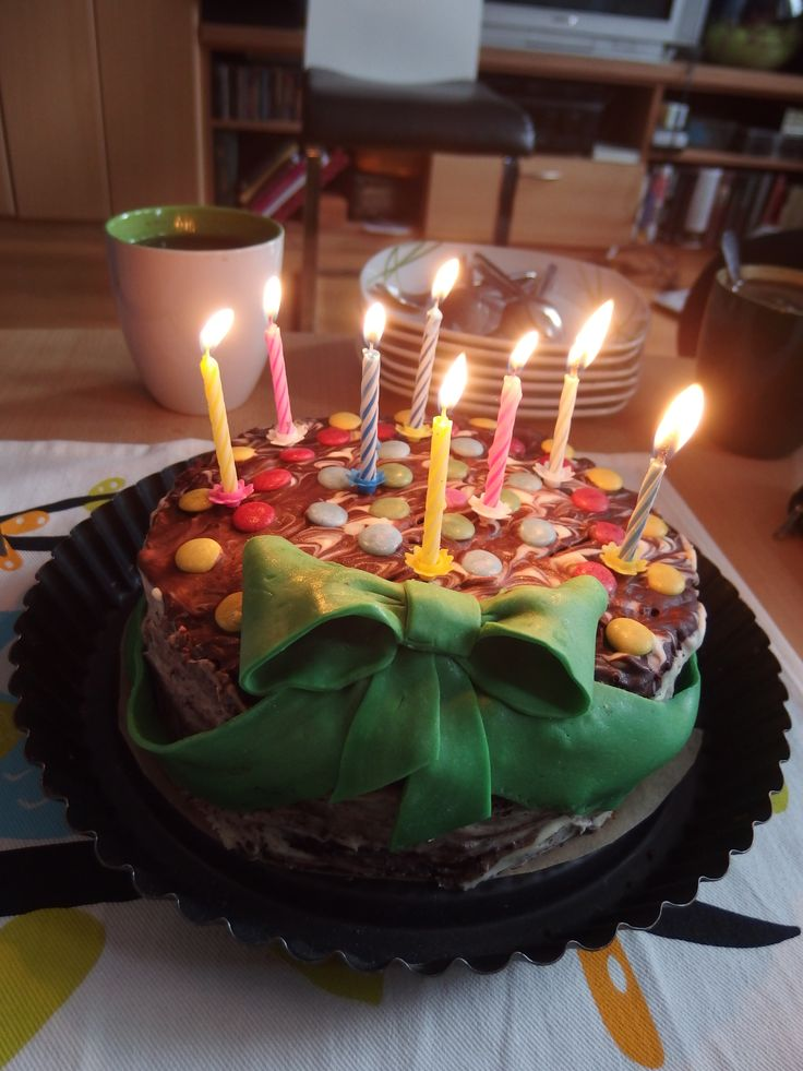 My first cake with a green ribbon :)