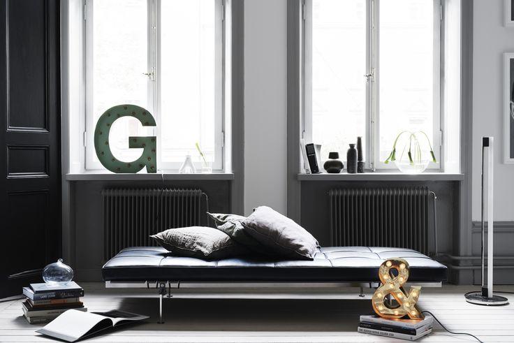 Cirkuslampan härliga bokstavslampa G och &-tecken. Besök cirkuslampan.se och välj din bokstav!