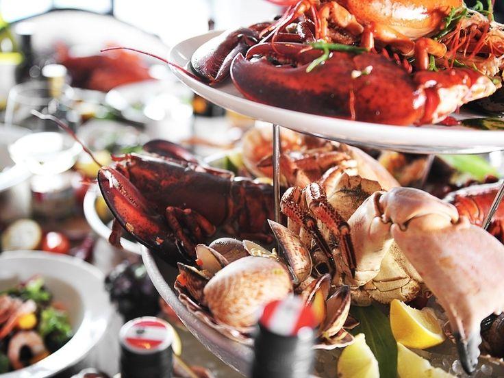 Bij The Fish Market aan de Binnenrotte eet je verse vis tegen schappelijke prijzen. Bestel van de oesterbar, eet verse kreeft of ga voor fish & chips.