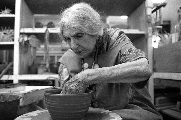 Beatrice Wood Throwing at over 100 years old!!!