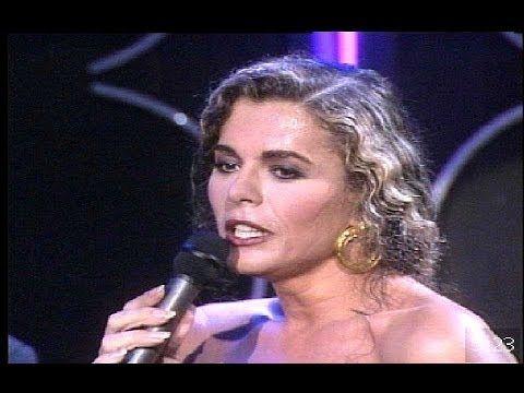 "Bibi Andersen canta la copla ""La Zarzamora"""