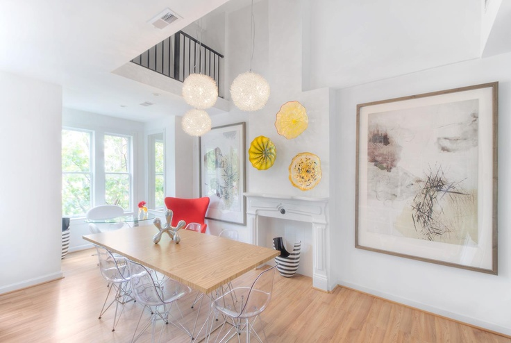 Magical Blown Glass Chandelier Ideas: Sleek Dinning Room Design With Wooden  Table And Blown Glass Chandelier In Circle Pattern Design Ideas