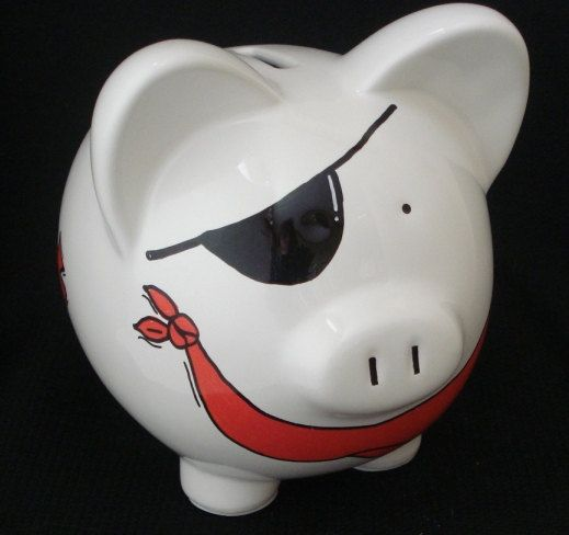 Pirate piggy bank. My favourite piggy bank: http://www.helpmetosave.com/2012/02/piggy-bank/