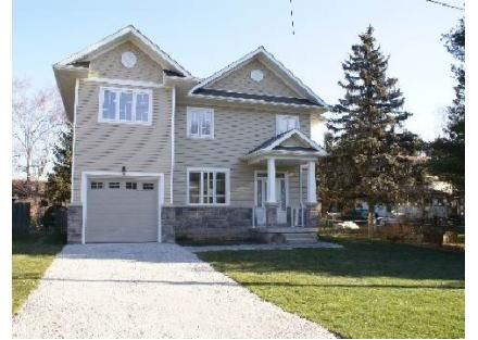 3 Beaver St, Halton Hills, ON  L7G3P4 - Pinned from www.coldwellbanker.com
