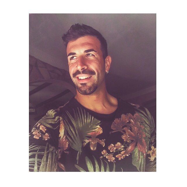 """Jungle "". #goodmorning #buongiorno #buenosdias #coffee #breakfast #jungle #goodvibes #positivity #sunrise #guys #gym #fitness #tshirt #bershka #rome #sydney #tokio #newyork #miami #paris #madrid #berlin #moscow #losangeles"