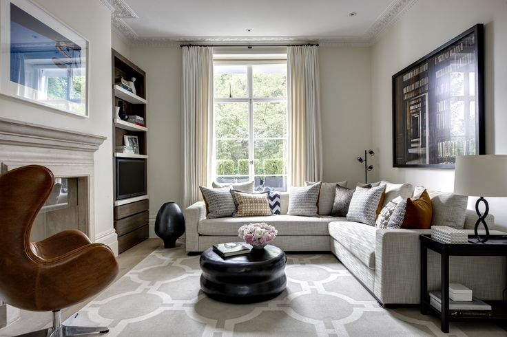 www.helengreendesign.com © Helen Green Design. Home furniture, design ideas, living room decor, living rooms, contemporary furniture. For more inspirations: http://www.bocadolobo.com/en/inspiration-and-ideas/