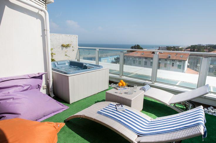 Rooftop privato con jacuzzi nell'attico Blu Paradise