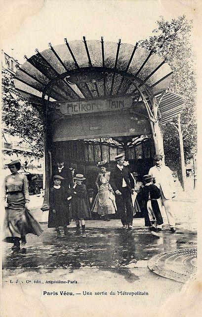 Vintage Paris Metro