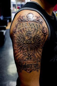 Family Crest Lion Tattoo Images & Pictures - Becuo