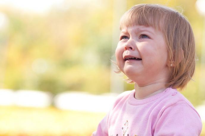 Prečo sa deti správajú horšie, keď je nablízku matka?