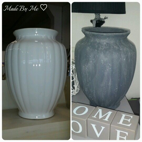 Grote vaas bewerkt met muurvuller en verf, bestrooid met een beetje bloem