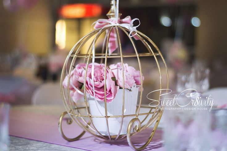 the polkadot company,sweetcr8ivity,elaine aveen lutchman,princess themed birthday party,princess cake,golden crown,maternity shoot,pink and gold,carriage centerpiece, peonies,party buckets,vera turns 1,munies hockey club durban