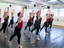 Lola Rogge Tanzschule - Tanzlehrer Ausbildung in Hamburg, eine Berufsfachschule für Tanz und tänzerische Gymnastik im Lehrberuf.