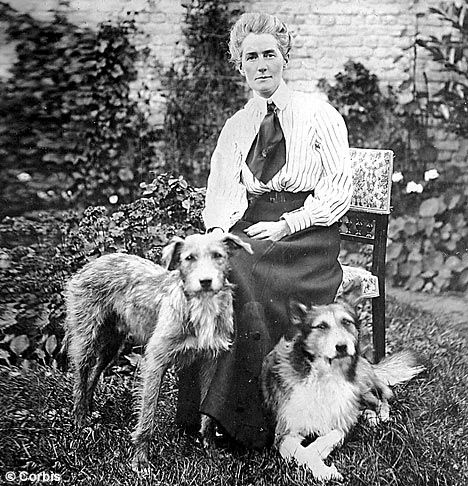 WWI nurse, Edith Cavell is one mighty brave and strong woman...it's no wonder why they've named a mountain after her in Canada.