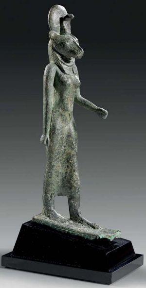 an analysis of wadjet an egyptian sculpture from the 26th dynasty The charles pankow collection of egyptian art december 2004 late 26th /30th 21st/26th dynasty egyptian bronze statue of the goddess wadjet from.