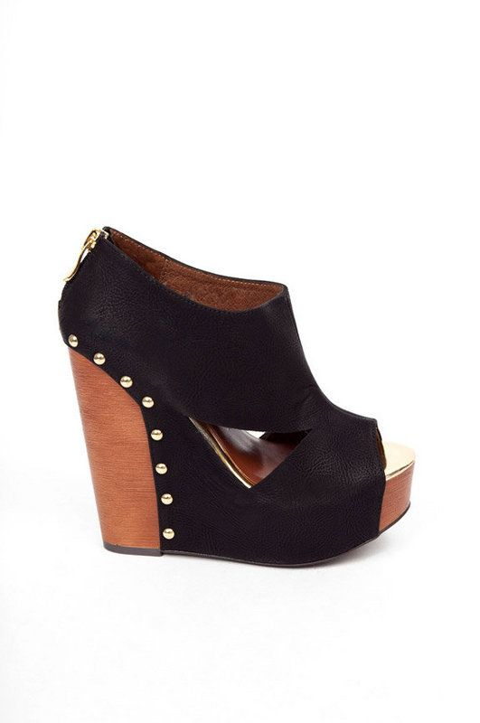 ❤❤ i would really really like to have these. It's possible I would die from a fall off of them, but I would die stylin'.