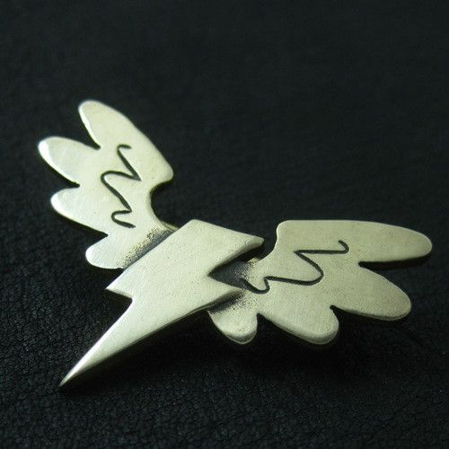 Bronze Wonderbolts pin from The Sunken City by DaWanda.com