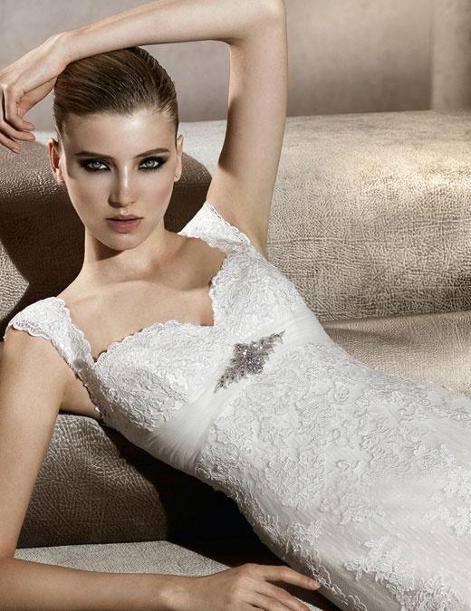 40 best Our Pronovias Dresses images on Pinterest | Short wedding ...
