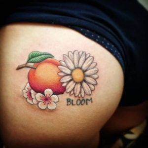 17 best ideas about small daisy tattoo on pinterest for Small ass tattoos