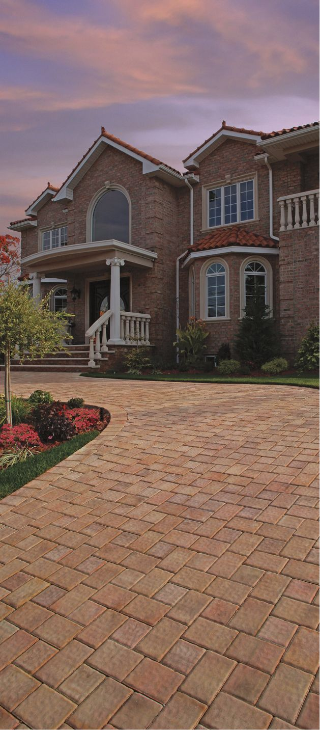 Cambridge pavingstones wall systems color options - This Stunning Driveway Is Made From Cambridge S Round Table Collection In Canyon Blend Cambridge Driveways Pinterest Driveways