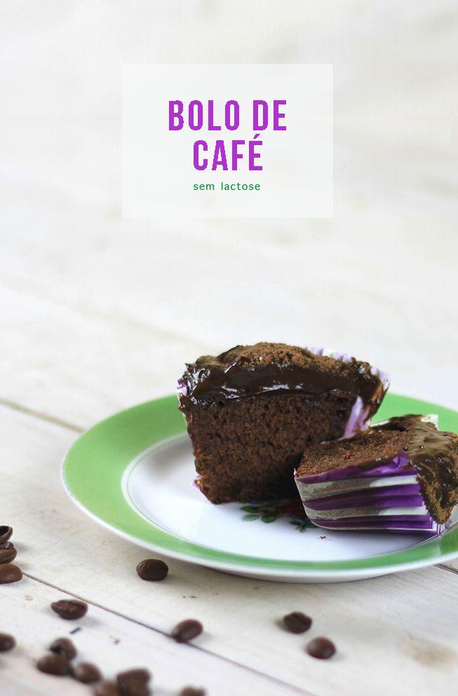 Receita ultra-fácil de bolo de café sem lactose! Esse você vai fazer! :-) // Receitas de pratos doces, vegetarianos e fáceis! :-) // palavras-chave: receita, passo a passo, tutorial, gastronomia, cozinha, bolo de café, bolo, muffin, bolinho, vegetariano, sobremesa, doce, café
