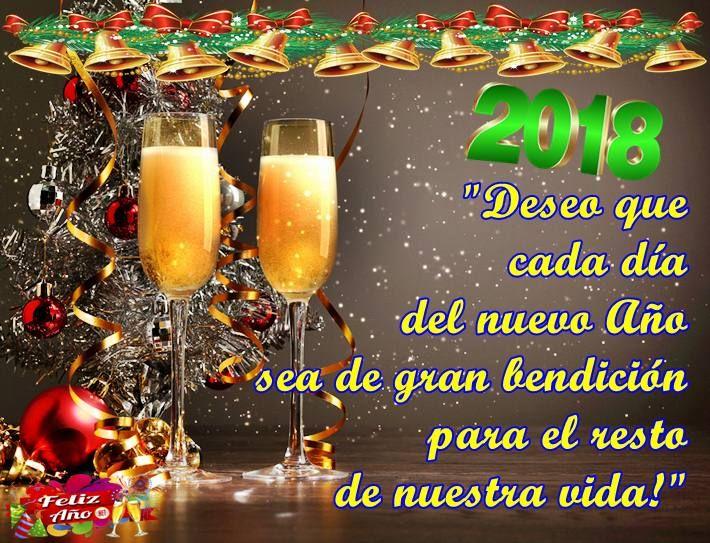Selección De Imágenes Con Frases Para Desear Feliz Año Nuevo A Tus Seres Queridos Fin De Año 2017 Año Nuevo 2018 Alcoholic Drinks Alcohol Holiday