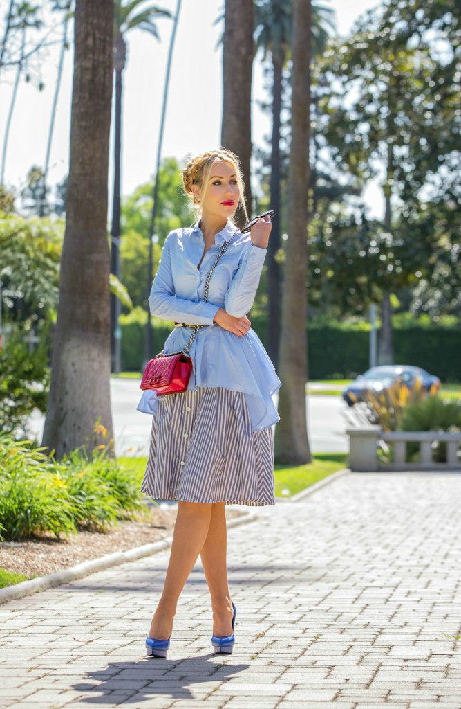 Zara юбка, Saint Laurent Дженис насосы, Chanel мальчик красный ,, H & M рубашка, синий и красный наряд, Навигационное снаряжение, H & M тенденция баски рубашка, Chanel мальчик, Chanel мальчик мешок, Том Форд Никита, Midi полосатая юбка, Chanel Rouge Allure Gloss, жгуты