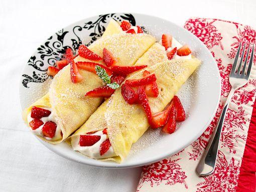 Strawberry Crepes on Pinterest | Giada de laurentiis, Nutella crepes ...