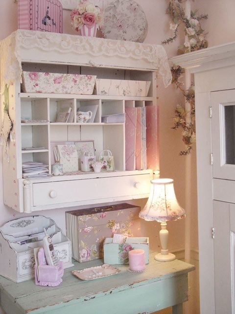romantic cottage shabby office ...  pink. Very cozy and practical space.