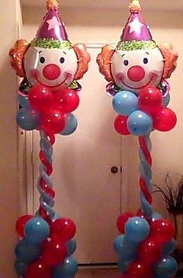 Clown Columns by balloonmagiccreations.com