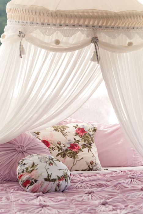 : Shabby Chic, Princesses Beds, Sweet Teas, Tent, Pink, Canopies Beds, Places, Girls Rooms, Pillows
