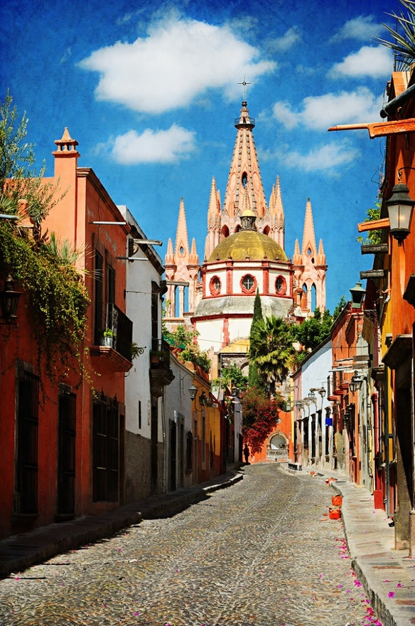 San Miguel de Allende, Mexico, We are all natives living on earth, save the planet while is still time, show real love and compassion 4 life, don't contribute 2 pollution, murder and genocide, wake up world and don't support evil in any way, go vegan and self-sufficient, http://www.flickr.com/photos/ninaohman/