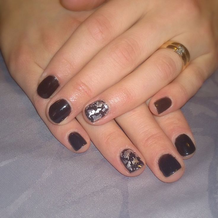 Black gel manicure with silver foil by #Sensationail #midnightrendezvous. Rock it!!