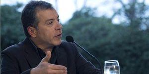 Θεοδωράκης για την αξιολόγηση: «Ζούμε ένα θέατρο του παραλόγου»