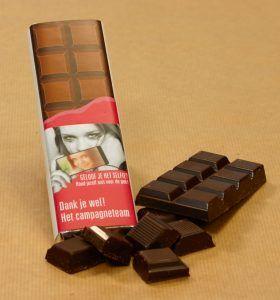 Chocoladereep met eigen wikkel! Als bedankje voor het campagne team. Een goed stuk chocolade slaat toch niemand af!?