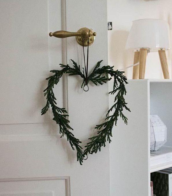 23 Diy Scandinavian Christmas Decorations With Nordic Hygge Vibes In 2020 Scandinavian Christmas Decorations Scandinavian Christmas Christmas Decor Diy