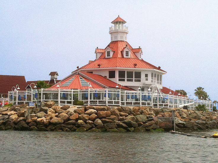 Lighthouse Restaurant In Long Beach California
