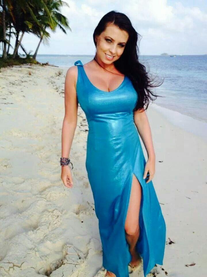 ewa beach girls 4975 kela pl #d, ewa beach, hi is a 2 bed, 1 bath townhouse available for rent in ewa beach, hawaii.